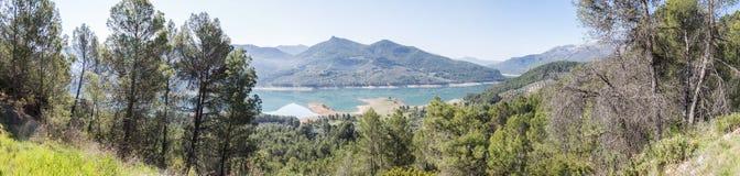 Den Guadalquivir floden, naturliga Cazorla parkerar, Jaen, Spanien Arkivbild