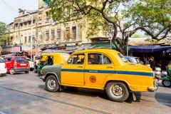 Den gula ambassadören Cab royaltyfri bild