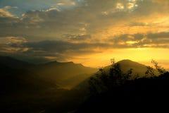 Den gula soluppgången Arkivfoton