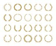 Den guld- illustrationen för vektorn för lagerlövverkkransen ställde in på vit bakgrund royaltyfri illustrationer