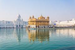 Den guld- templet i Amritsar arkivfoto