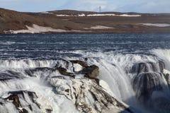 Den guld- vattenfallet i Island Arkivfoto