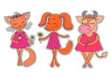 Den gulliga katten, hunden, ko i rosa färger klär Arkivfoto