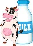 Den gulliga kotecknade filmen med mjölkar flaskan Royaltyfri Foto
