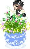 Den gulliga lilla blomkrukan - vicker Fotografering för Bildbyråer