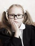 Flicka med exponeringsglas. Fotografering för Bildbyråer
