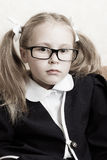 Flicka med exponeringsglas. Royaltyfri Foto