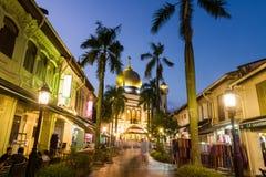 Den härliga arabiska gatan tänder upp Royaltyfria Foton