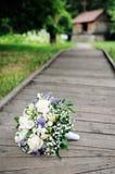 den härliga buketten blommar bröllop Royaltyfria Bilder