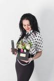 den härliga buketten blommar kvinnabarn Royaltyfria Foton