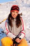 den härliga flickamaskeringen skidar snowdräkten Fotografering för Bildbyråer