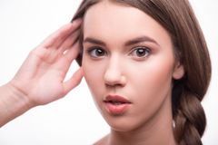 Den härliga flickan uttrycker olika sinnesrörelser Royaltyfria Foton