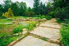 Den härliga gränden parkerar in Trädgårds- landskap design royaltyfri foto