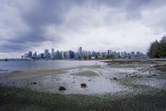 Den härliga horisonten av Vancouver - VANCOUVER - KANADA - APRIL 12, 2017 Royaltyfri Fotografi