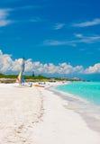 Den härliga kubanska stranden av Varadero royaltyfria foton