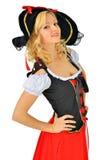 Den härliga kvinnan i karneval piratkopierar dräkten. Arkivbild