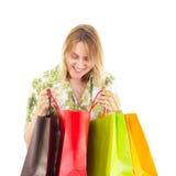 Den härliga kvinnan på shopping turnerar Royaltyfria Foton
