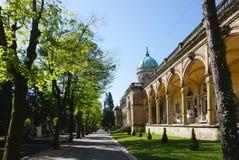 Den härliga Mirogoj kyrkogården på den soliga dagen Arkivfoto