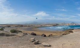 Den härliga panoramautsikten på staden för El Medano, den Tenerife ön, kan Royaltyfri Foto
