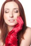 den härliga redheaden kopplar av kvinnan Royaltyfri Fotografi