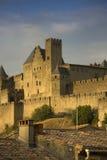 Guld- afton på Carcassonne, Frankrike Arkivbild