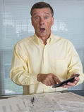 Den höga mannen som förbereder USA, beskattar datalistan 1040 för 2012 Fotografering för Bildbyråer