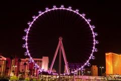 Den höga rullen Ferris Wheel i Las Vegas, Nevada (nattetid) Arkivbilder
