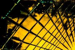 Den h?rliga closeupen texturerar abstrakta tegelplattor och svart gul f?r f?rgexponeringsglasmodell f?r v?gg bakgrund f?r guld oc fotografering för bildbyråer