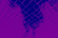 Den h?rliga closeupen texturerar abstrakta tegelplattor och svart och purpurf?rgad bakgrund f?r v?gg f?r f?rgexponeringsglasmodel royaltyfria bilder