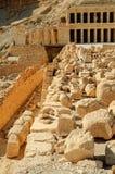 Den Hatchepsut templet fördärvar Luxor egypt Royaltyfria Foton
