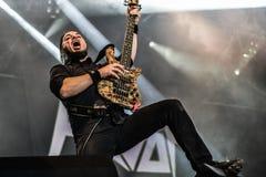 Den Havok metallmusikbandet bor i konserten Hellfest 2016 royaltyfri fotografi