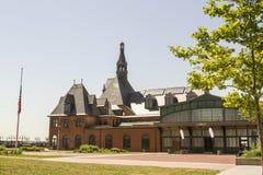 Den historiska centrala den järnvägstationen och färjan stoppar, Jersey City, N Arkivbild