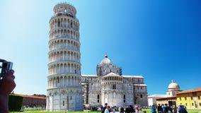 Den historiska delen av Pisa, Italien Time-schackningsperiod arkivfilmer