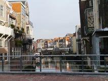Den historiska holländska staden Dordrecht Arkivfoto