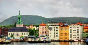 Den historiska mitten av Bergen ovanför den Vagen fjärden Royaltyfria Foton