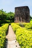 Den historiska monumentet Khuk Khi Kai Landmark och scenisk utkik Laem sjunger området, Thailand arkivfoton