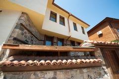 Den historiska stilen av den gamla staden av Sozopol i Bulgarien Arkivbild