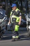 Den hjälpitalienska kommunala polisen i Rome Arkivfoton