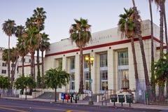 den hollywood kontorsstolpen anger den förenade stationen arkivbild