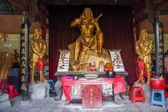 Den Hubei Enshi Tujia tempelstaden, den Lin Jun förfadern av pakistanska arbeten med statyer Lin Jun Temple är en av de viktiga b Arkivfoto