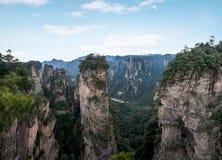 Den Hunan Zhangjiajie medborgaren Forest Park, den magiska annalkande `en för gammal husfält` når en höjdpunkt Royaltyfri Fotografi