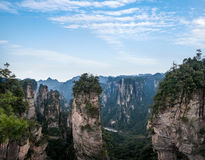 Den Hunan Zhangjiajie medborgaren Forest Park, den magiska annalkande `en för gammal husfält` når en höjdpunkt Royaltyfri Foto