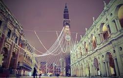 Den huvudsakliga fyrkanten kallade PIAZZA DEI SIGNORI i Vicenza i Italien med v Arkivfoto