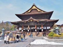 Den huvudsakliga Hallen av den Zenkoji templet Royaltyfri Fotografi