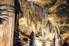 Den hypnotisera Luray Caverns arkivbilder