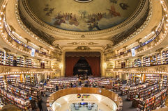 Den Iconic boken shoppar 'El Ateneo', Buenos Aires, Argentina Royaltyfri Foto