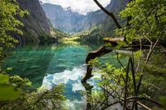 Den idylliska Oberseen i Berchtesgaden, Tyskland Royaltyfri Bild