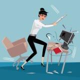Den ilskna affärskvinnan bryter en dator Royaltyfri Foto