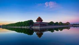 Den imperialistisk slott embrasured watchtoweren panorama- 5# Arkivbild
