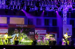 Den indiska sångaren Sunidhi Chauhan utför på Bahrain Royaltyfri Foto